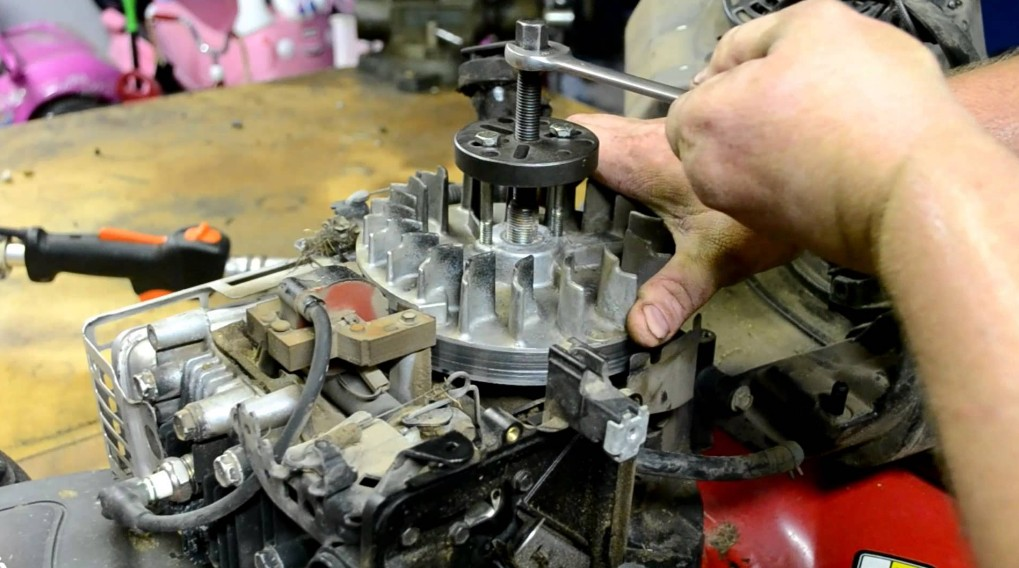 Ремонт электродвигателя газонокосилки своими руками